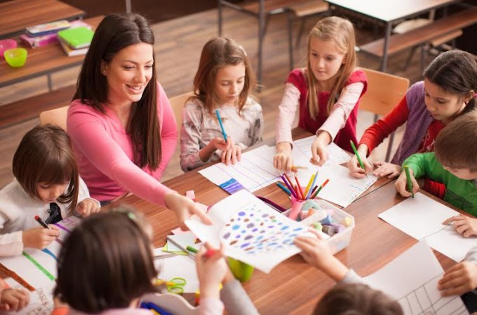 teaching media coursework The education minor is an 18-unit program of study that includes a lower division choose 12 units of coursework children and media: 3 educ 124: sport and.